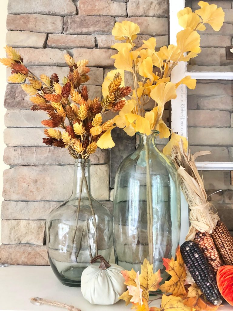 Fall mantel decor pieces to add balance and texture