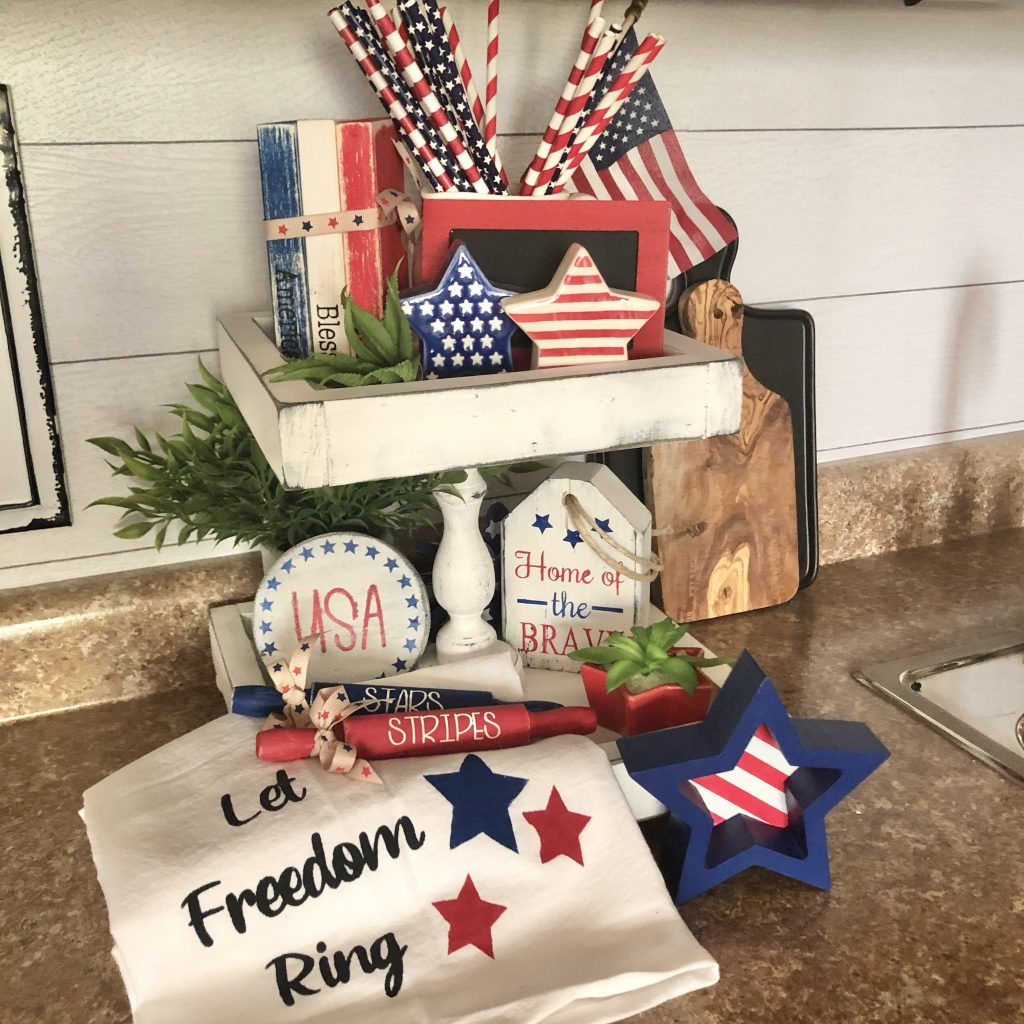 patriotic decor used on a kitchen tray