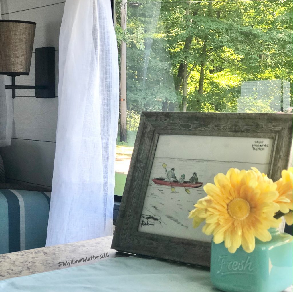 to show the accessories used in our camper renovation