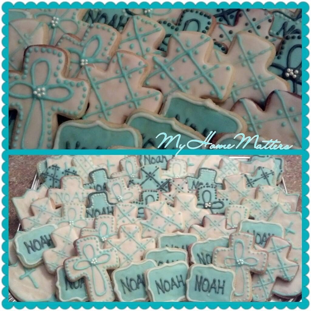 sugar cookies decorated for first communion